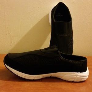 Women's Black & White Slip-On Sneaker 11 Wide